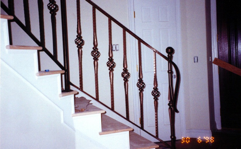 Wrought-Iron-Stair-Railing-(SR-32)