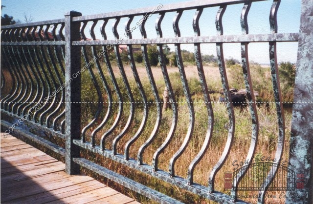 Aluminum Bellowed Railing (#R-09)
