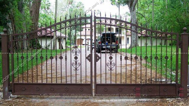 Custom Aluminum Driveway Gate (#VG-06)