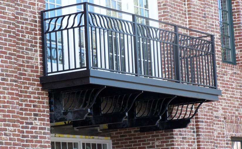 Aluminum-True-Balcony-Rail (Custom)